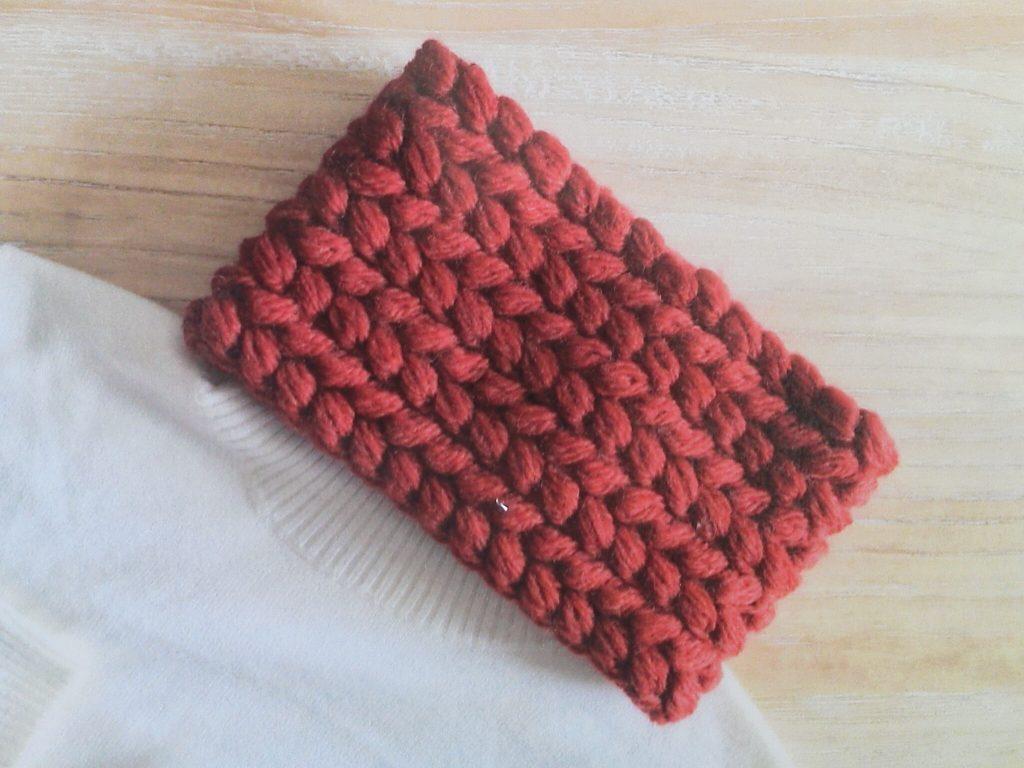 ハマナカメンズクラブマスターで編む「交差模様の玉編みネックウォーマー」